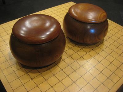囲碁で使用する用具